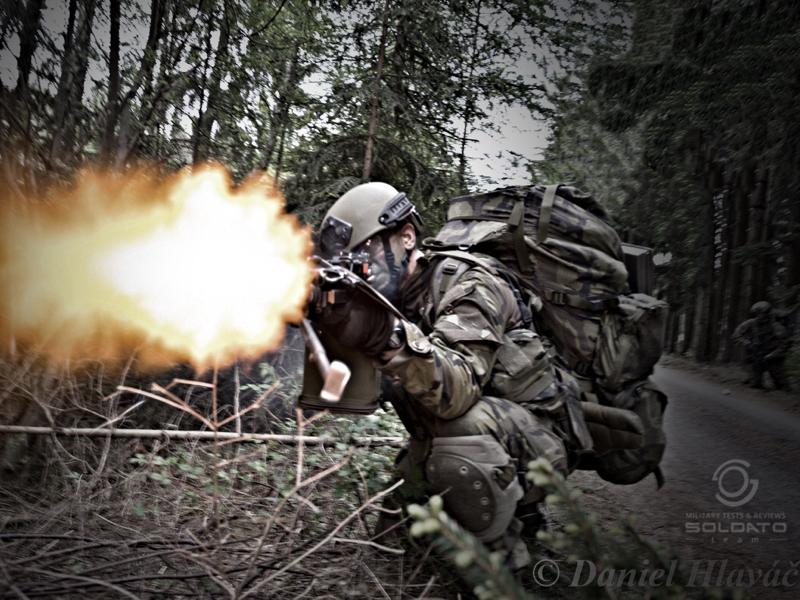 Jak si vojáci chrání slcuh v bojovém prostředí