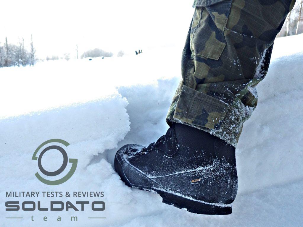 Zimní vojenská bota