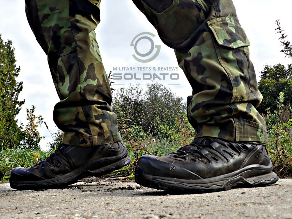 Pohodlné vojenské boty