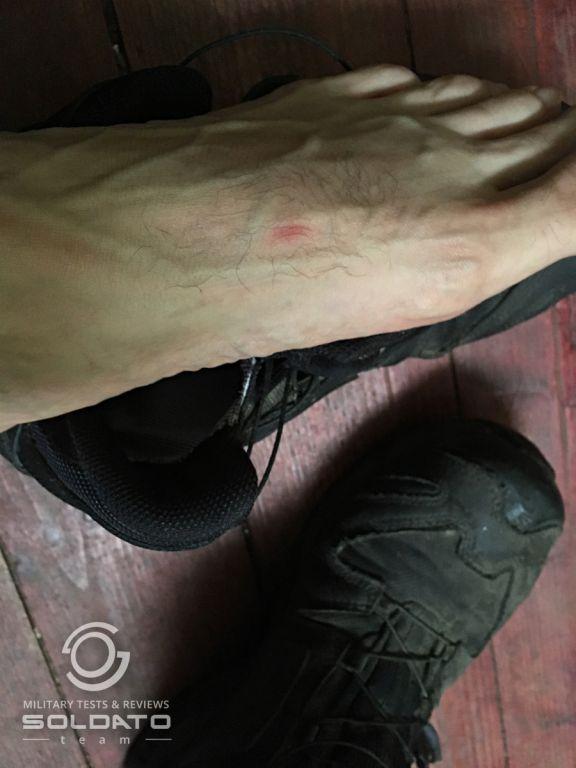 Neříjemnosti s vojenskou obuví
