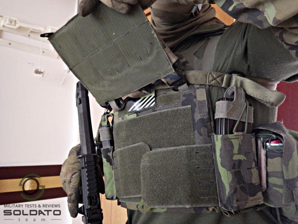 Jak lze otevřít taktickou vestu