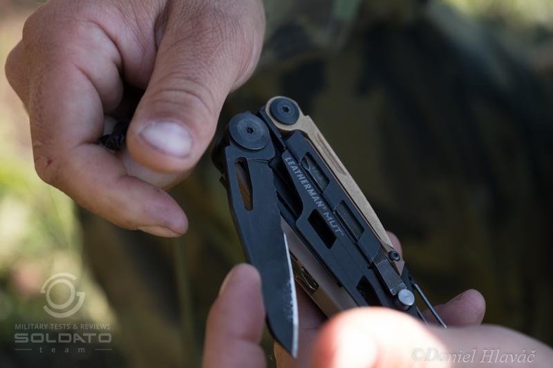 Multifunkční nástroj pro vojáky