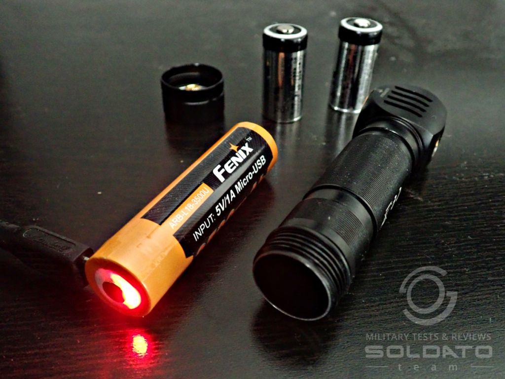 Dobíjecí baterie Fenix