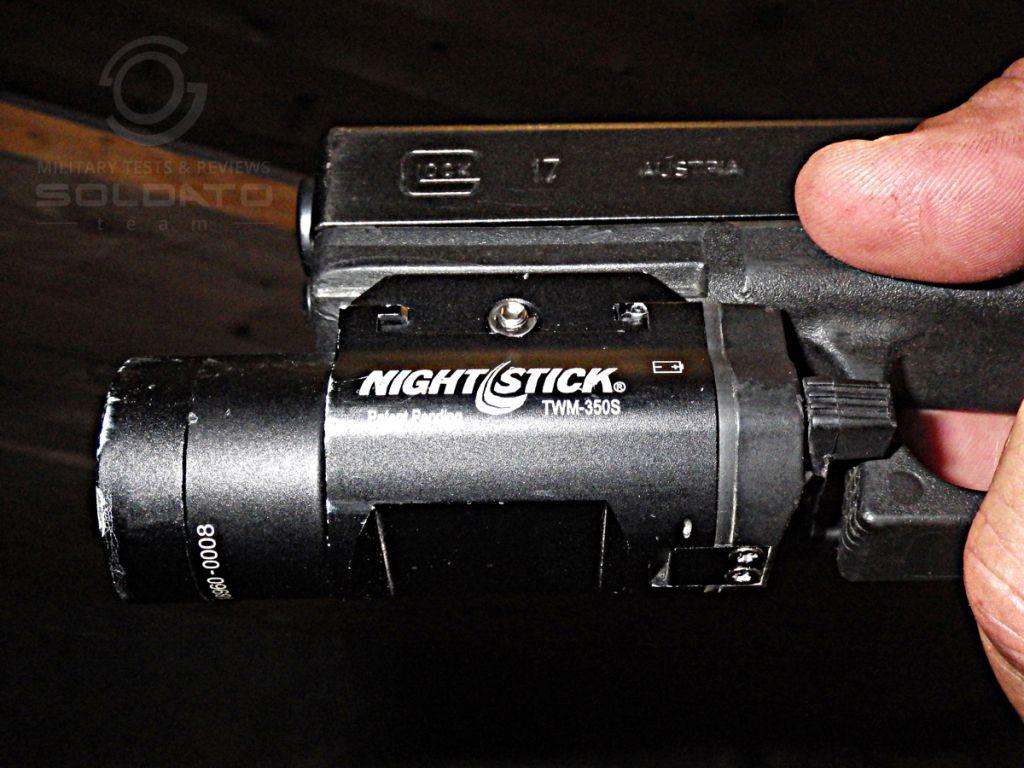 Svítilna pro pistoli
