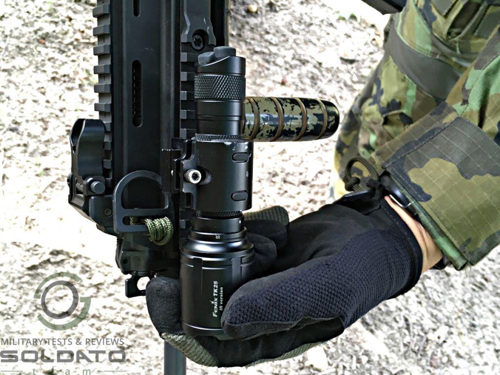 Jak se ovládá svítilna Fenix TK25 IR